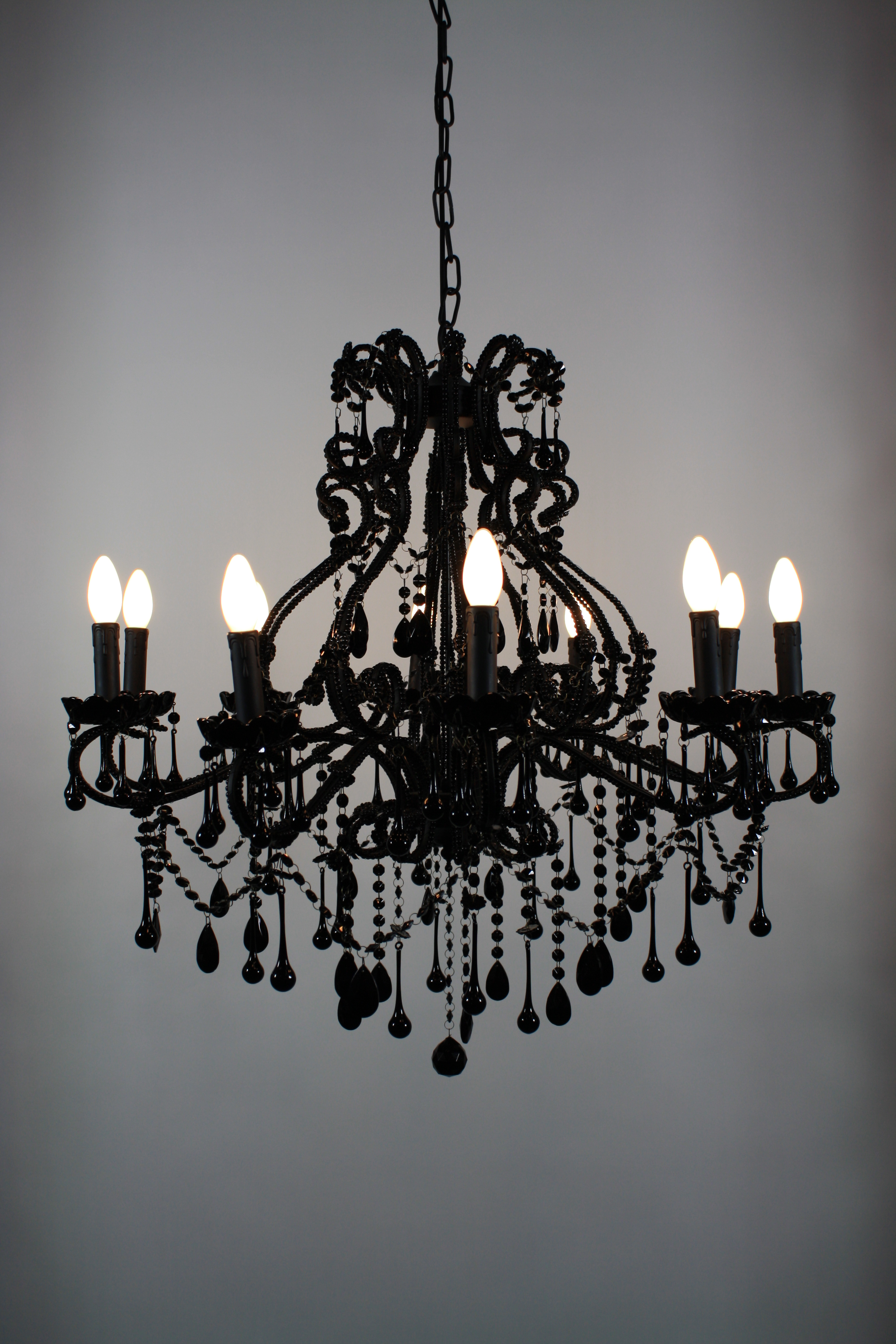 Brilliant Black Vintage Chandelier 2592 x 3888 · 2795 kB · jpeg